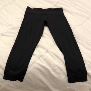 Lululemon black workout pant